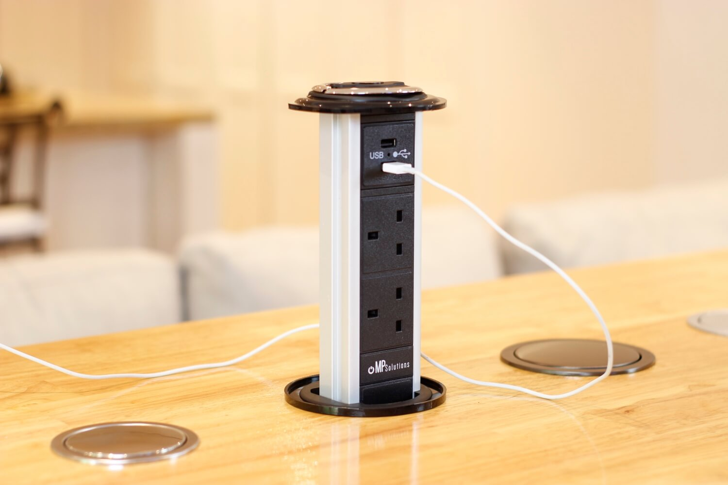 popup outlets